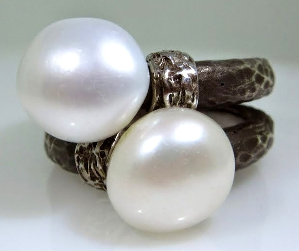 BLACK COLLECTION - Pearl Ring