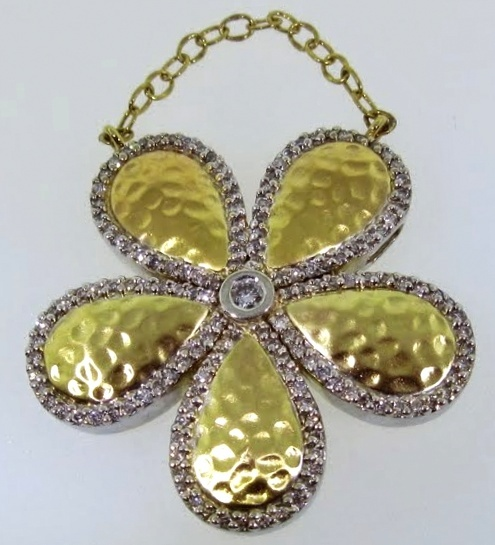 Hammered Gold Daisy Pendant