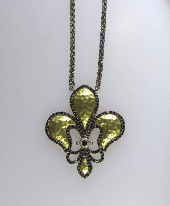 Antique Fancy Fleur de Lis