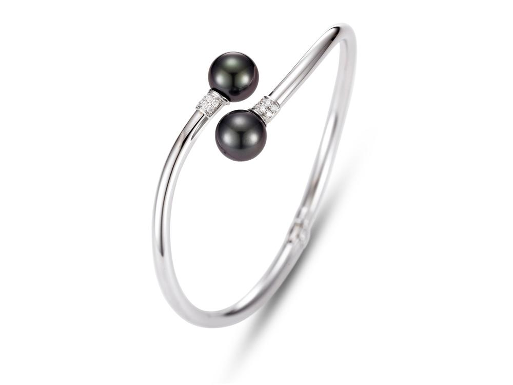 MASTOLONI - 14K White Gold 9-9.5MM Black Round Tahitian Pearl Bracelet with 12 Diamonds 0.15 TCW