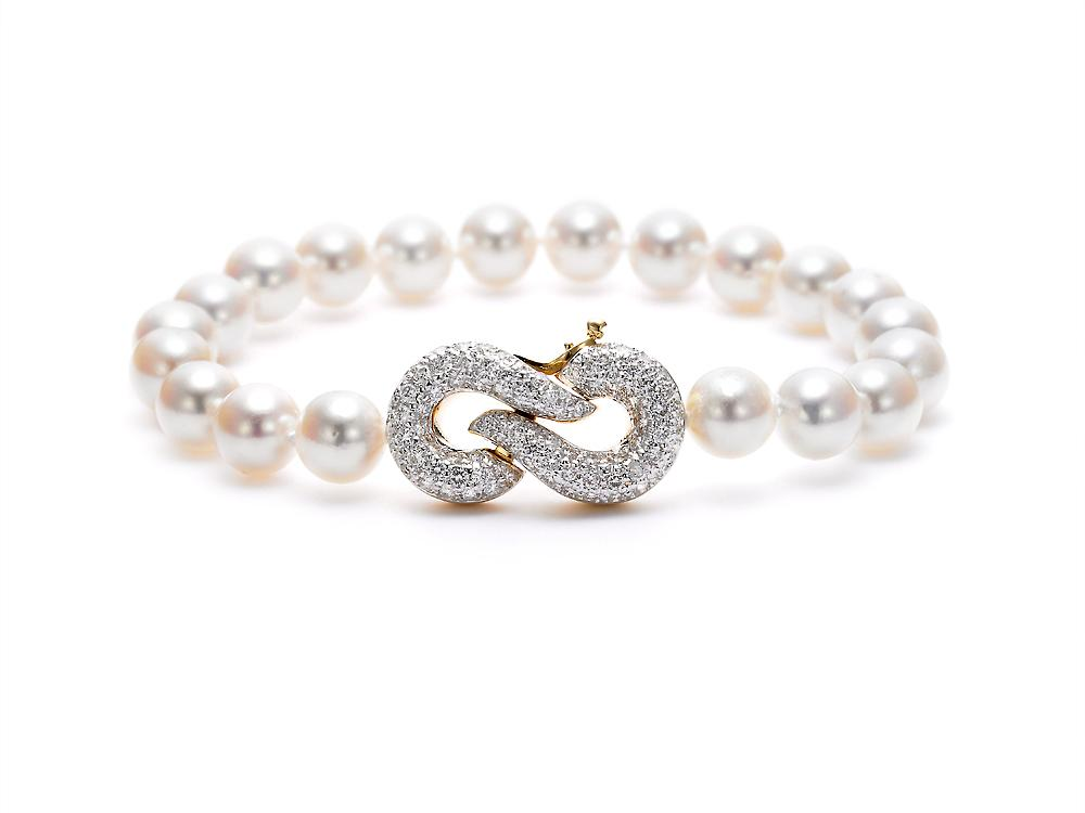 MASTOLONI - 18K Yellow Gold 7-7.5MM White Round Cultured Pearl Bracelet with 93 Diamonds 1.00 TCW