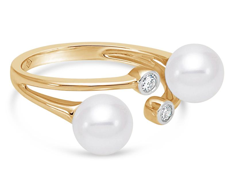 MASTOLONI - 18K Yellow Gold 7-7.5MM White Round Cultured Pearl Ring with 2 Diamonds 0.12 TCW