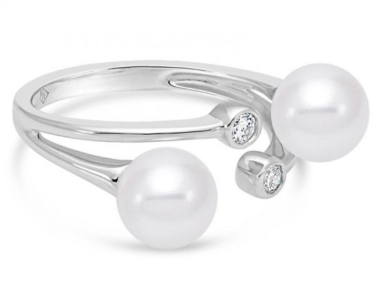 MASTOLONI - 18K White Gold 7-7.5MM White Round Cultured Pearl Ring with 2 Diamonds 0.12 TCW