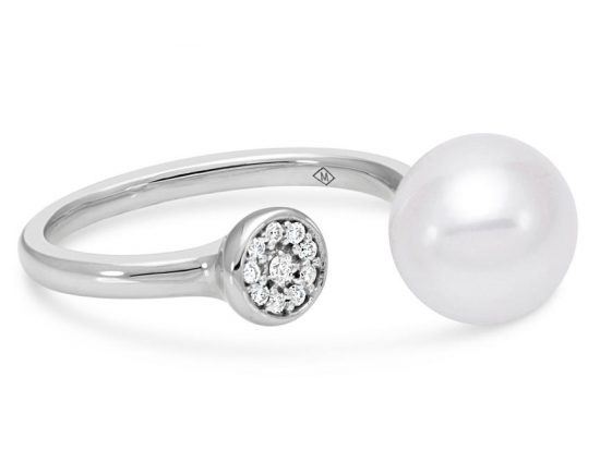 MASTOLONI - 18K White Gold 9-9.5MM White Round Cultured Pearl Ring with 10 Diamonds 0.06 TCW