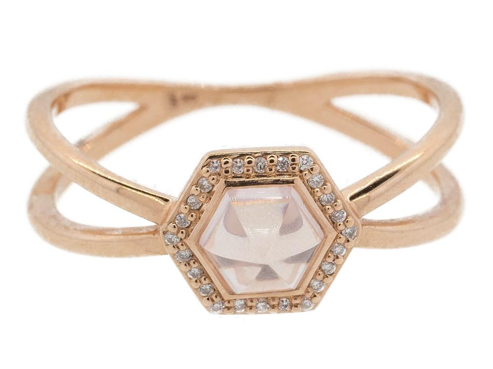 SLOANE STREET - Small Pink Quartz Hexagon Stone Ring