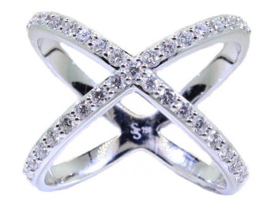 "SLOANE STREET - ""X"" Ring"
