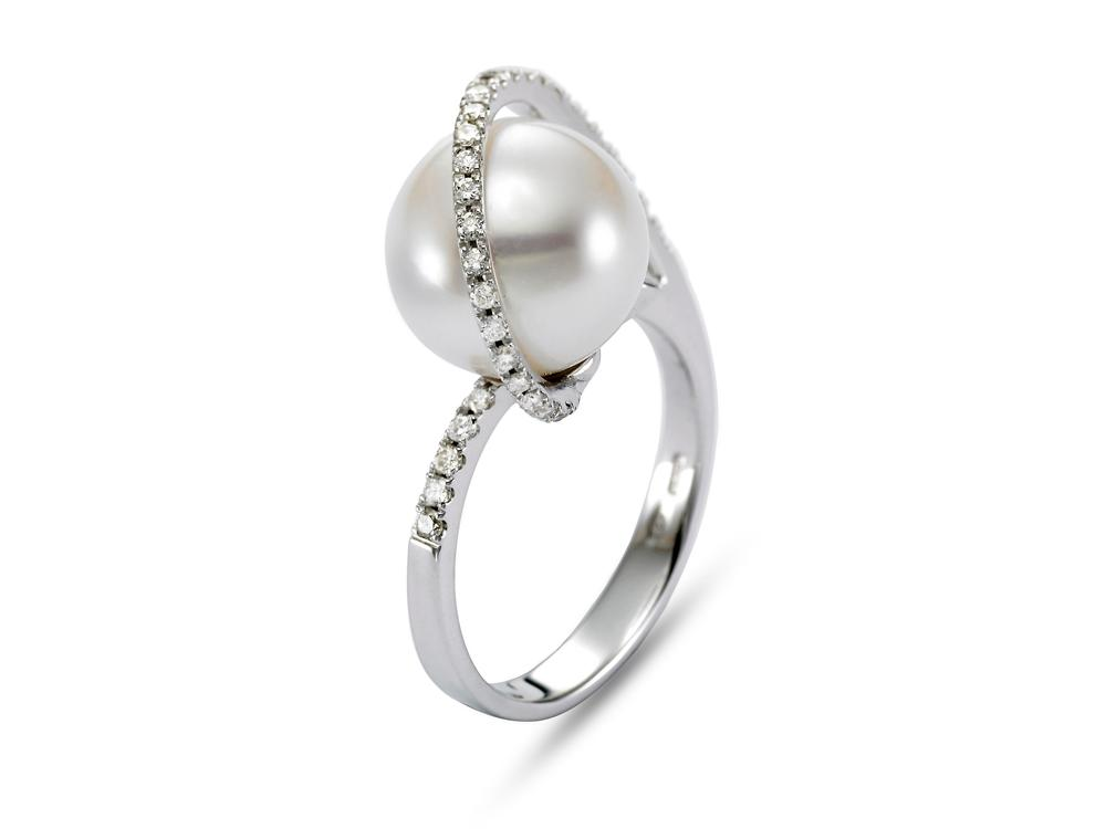 MASTOLONI - 18K White Gold 11MM White Round South Sea Pearl Ring with 31 Diamond 0.30 TCW